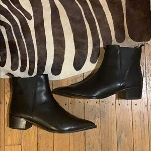 ACNE STUDIOS JENSEN LEATHER ANKLE BOOTS / SIZE 39